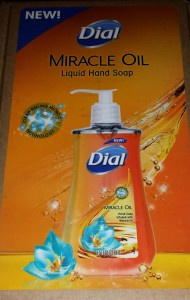 Dial_MiracleOil_HandSoap_2
